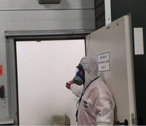 mgławienie-300x260 Zwalczanie koronawirusa w przemyśle,środkach transportu i obiektach publicznych. Metody i szanse uniknięcia zakażenia.